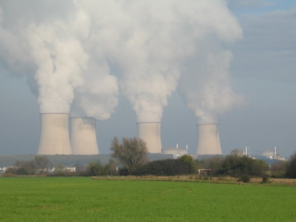 centrale-nucleaire SCIENCE